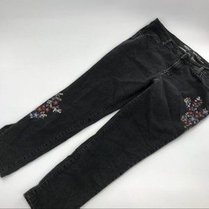 Mossimo Embroidered Ankle Length Jeans sz 16/33
